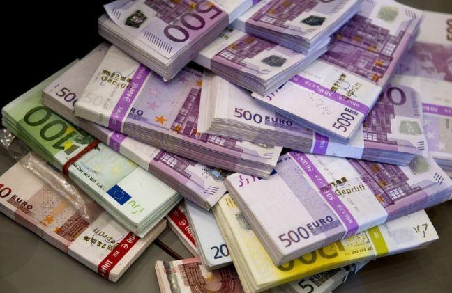 Liasses de billets en euros