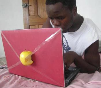 PC portable Apple à la mode Afrique
