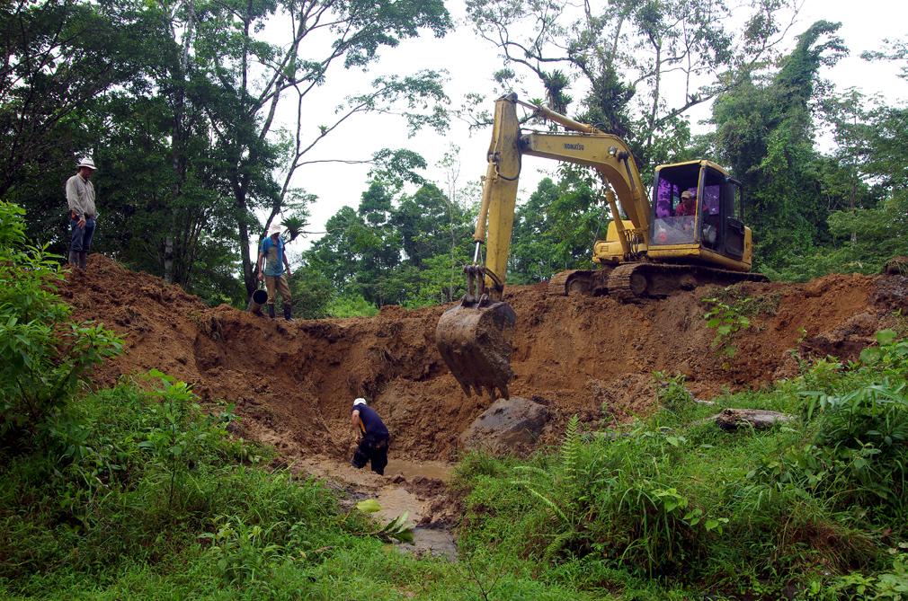 Costa Rica : creuser une lagune