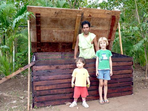 Composteur géant au Costa Rica