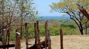 Achetez de la terre faiblement imposée au Costa Rica
