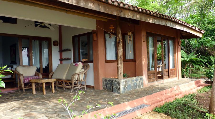 Maison avec terrasse couverte maison toiture terrasse for Maison avec terrasse couverte